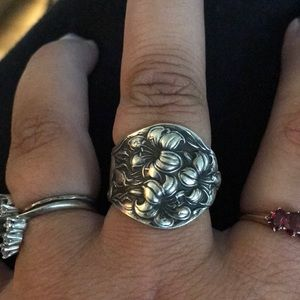 Jewelry - Lily spoon ring-vintage